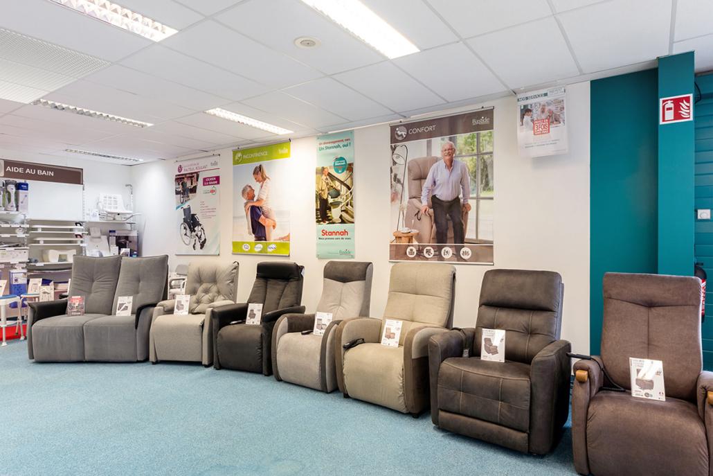 large gamme fauteuil releveur moteur de confort matériel médical bastide besançon